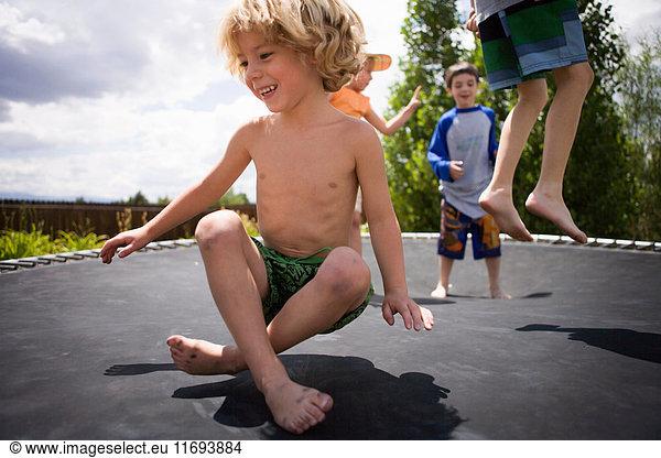 Junge kids nackt