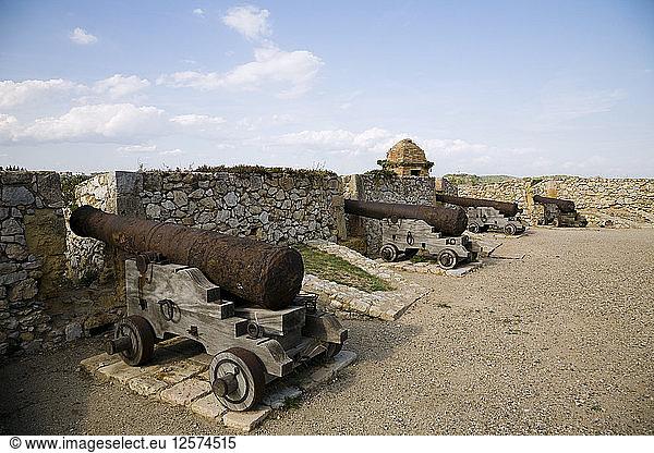 Kanone in der mittelalterlichen Festung von Tarragona,  Katalonien,  Spanien,  2007. Künstler: Samuel Magal