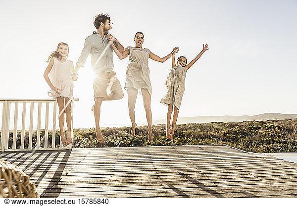 Urlaub familie nackt Nackt Teenager