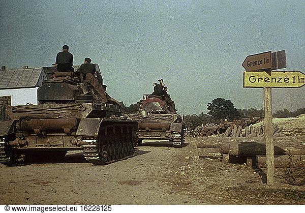 WWII / German Tanks / Polish-Russian Borde / Photo,  1941