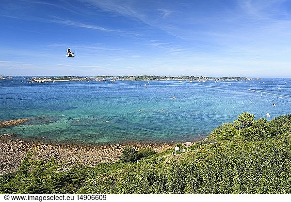 France,  Côtes d'Armor,  Ploubazlanec,  the view on the Bréhat archipelago from Loguivy