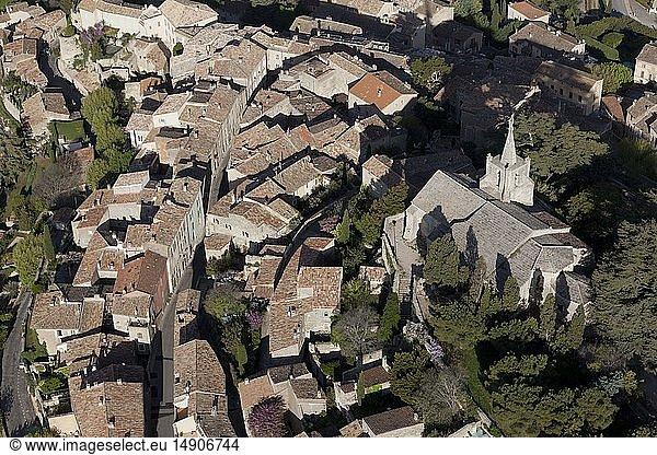 France,  Vaucluse,  Luberon Regional Nature Park,  Bonnieux (aerial view)